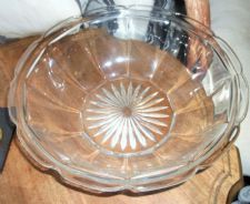 "LARGE VINTAGE GLASS DEEP BOWL DISH LUG RIM STAR CENTRE BASE 10.5"" TOP DIA"